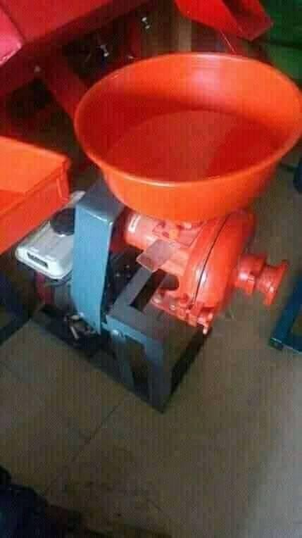 Electric and Manual Grinding machines