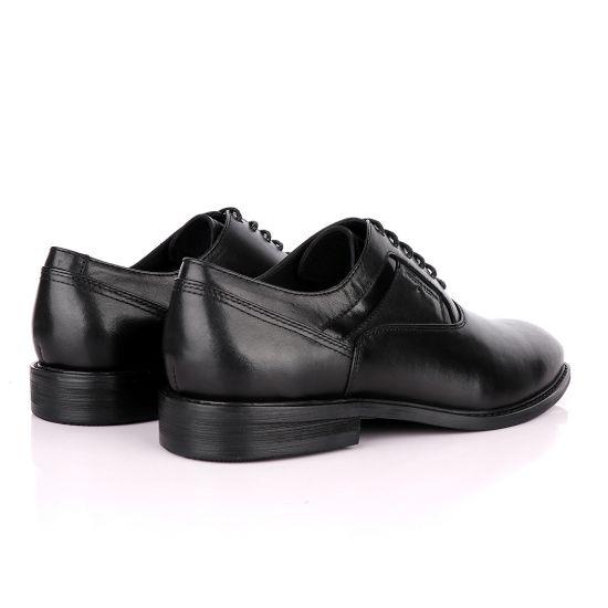 Salvatore Ferragamo Black Leather Oxford Shoe
