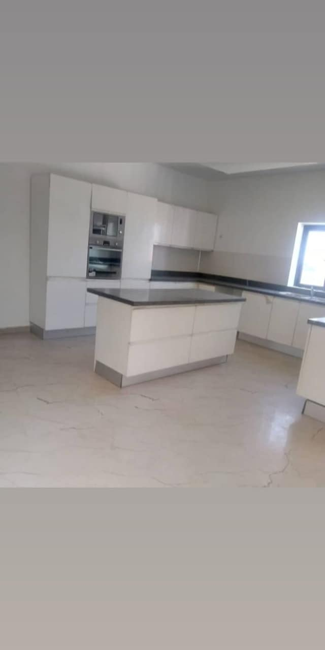 Newly built and elegantly finished luxury 4 bedroom penthouse apartment for sale.