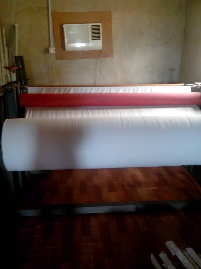 Tissue paper rewinding machine + Sealing machine + Cutting machine…