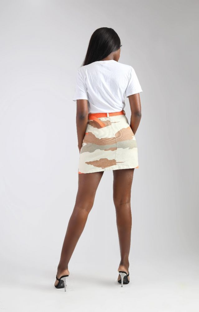 TWO FRONT POCKET CAMO SHORT