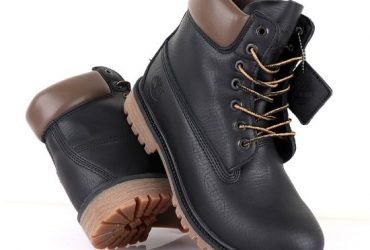 Timberland 6 Classic Black Leather Boots