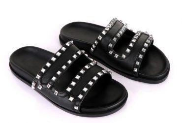 Valentino Rockstud Black Slippers