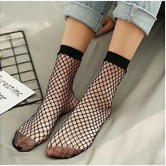 •Women's Sexy Beautiful Net Socks