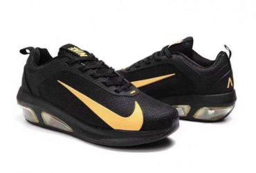Max Flyknit Black Gold Mens Running Shoes