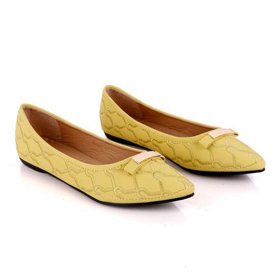 Fashionable Classic Office Woman's Flat Yellow shoe