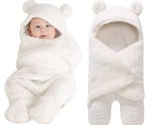 Newborn-infant-baby-boy-girl-swaddle