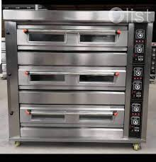 9 TRAYS 3 DECK GAS OVEN