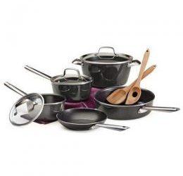 kitchen utensils and Pot