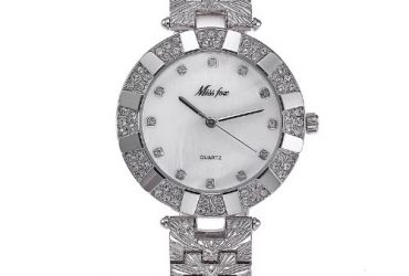Water Resisitant Watch with Earrin