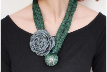 Thick Rope Statement Rose Flower Choker