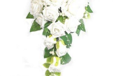 Bridal Teardrop Bouquet – Ivory