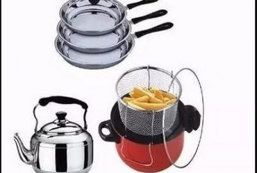 Deep Fryer, 3litres Whistling Kettle & Non-stick Frying Pan Bundle