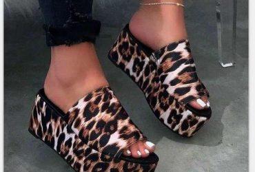 Ladies Wedge Slippers