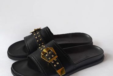 Versace Buckle Slide | Black