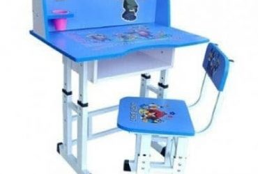 Kids Study Table And Chair – Blue.
