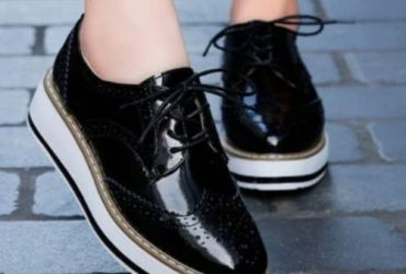 Ladies Sneakers- Black